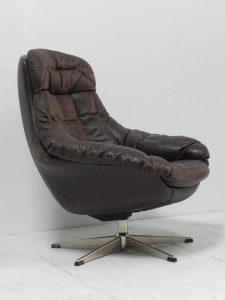 Fauteuil scandinave en cuir. Vintage. Scandinave. Design. Galerie87.com Antiquités