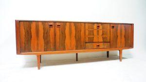 Enfilade vintage en palissandre. Scandinave. design du XXème. antiquités du XXème. Galerie87