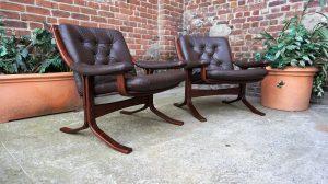 Paire de fauteuils scandinaves en cuir. Vintage . Antiquités du XXème. Galerie87.com