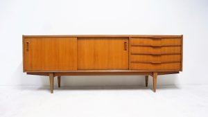 Enfilade vintage. Design du XXème. Antiquités du XXème. NF. Teck. Galerie87.com