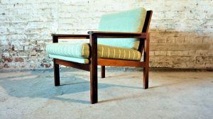 fauteuil Illum Wikkelso pour N. Eilersen. Vintage. Design du XXème. Scandinave. Galerie87.com