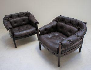 Fauteuils Arne Norell Coja. Design scandinave midcentury XXème vintage . Galerie87.com