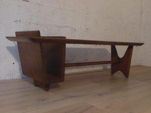 Table basse Guillerme et Chambron. Antiquités du XXème. Design du XXème. www.galerie87.com