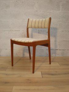 Johannès Andersen, chaises scandinaves teck. Antiquités du XXème. Design du XXème. www.galerie87.com