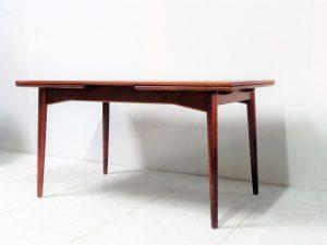 Table scandinave en teck Omann Jr. Vintage. Design. Antiquités. Galerie87