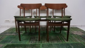 Chaises scandinaves en teck. Design. Vintage. Scandinave. Antiquités. Galerie87.com