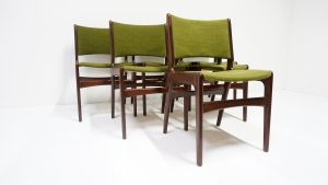 Chaises scandinaves en teck. Vintage. Design du XXème. Antiquités du XXème. Galerie87