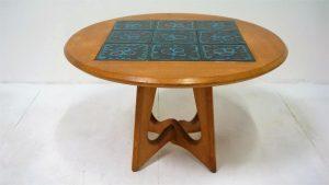 Guillerme et Chambron. Vintage. Guéridon. Design du XXème. antiquités. Galerie87.com