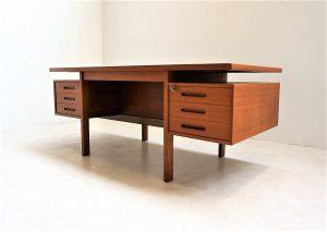 Bureau ministre scandinave en teck. Vintage. Antiquités du XXème. Design. Midcentury. Galerie87.com