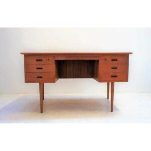 Bureau scandinave en teck. Vintage. design. antiquités du XXème. Midcentuty. Galerie87.com