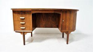 bureau scandinave palissandre. Vintage. design du XXème. Galerie87.com
