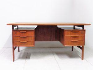 Bureau vintage Gunni Omann. Design du XXème. antiquités du XXème. www.galerie87.com. scandinave
