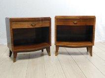 Rare paire de chevets, ou bouts de canapé, de Jules Leleu. Antiquités du XXème. Design du XXème. Meuble vintage. www.galerie87.com