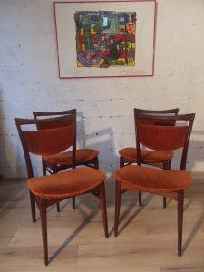 Chaises WEBE. Antiquités du XXème. Design du XXème. Galerie87