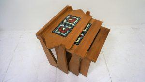 Tables gigogne. Antiquités du XXème. Guillerme et Chambron. design du XXème. www.galerie87.com . Vintage