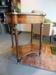 Table de salon Louis XVI, bois de rose. www.galerie87.com