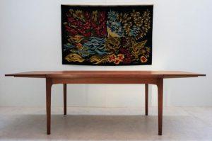 table vintage en teck Henning Kjaernulf