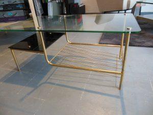 Table basse Pierre Guariche. Antiquités du XXème. Design du XXème. Meuble vintage. www.galerie87.com