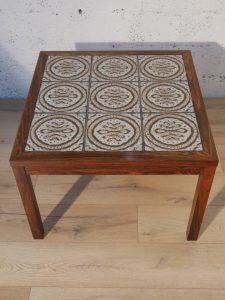 Table basse scandinave. Antiquités du XXème. Design du XXème. www.galerie87.com